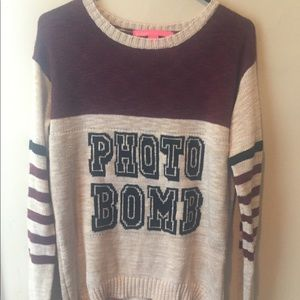 Photo📷 bomb rebellious one l/s sweater sz L